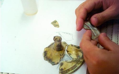 Colagem de vidro