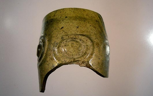 Bordo de vidro (século XI) após a intervenção de conservação