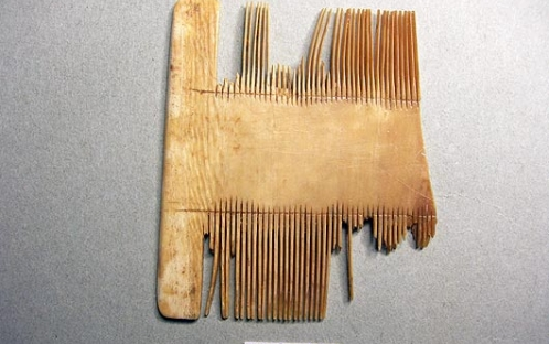 Fragmento de pente (século XII/XIII)
